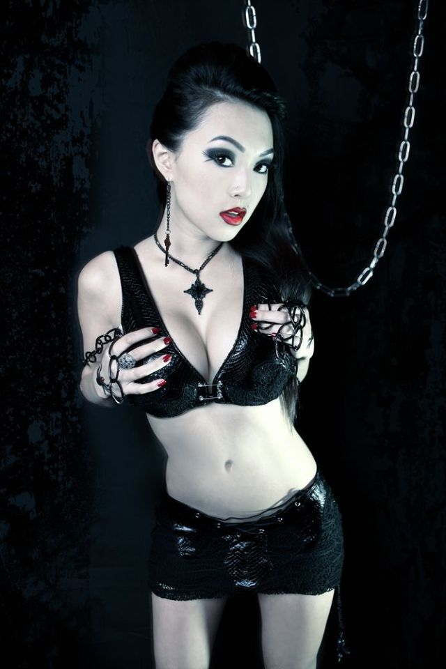 VampBeauty's Masks and Reincarnations (38 pics)