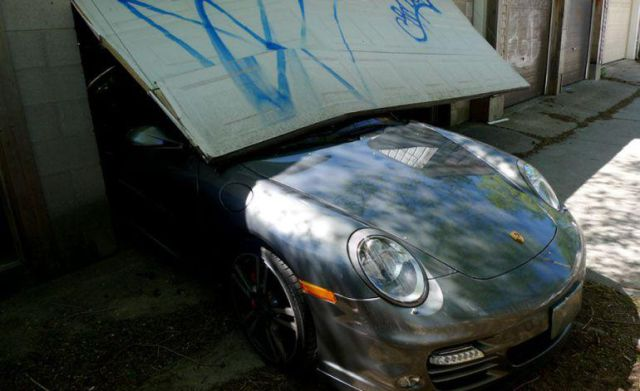Porsche 911 Turbo Crashed During Test Drive (10 pics)