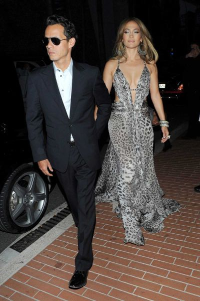Jennifer Lopez Is Beautiful and Seductive (9 pics)