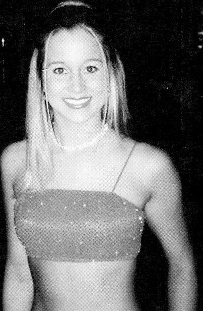 Celebrity Prom Pictures (21 pics)