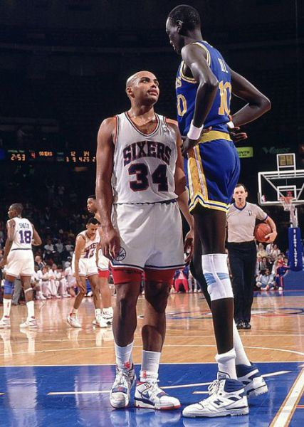 One of the Tallest Basketball Players (21 pics)