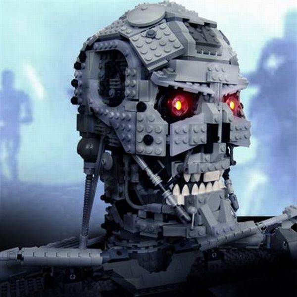 Terminator's Head Made from LEGO (7 pics)