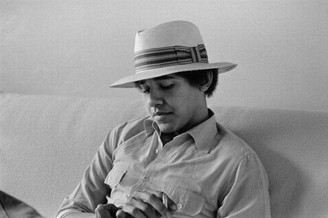 Barack Obama during Student Years (20 pics)
