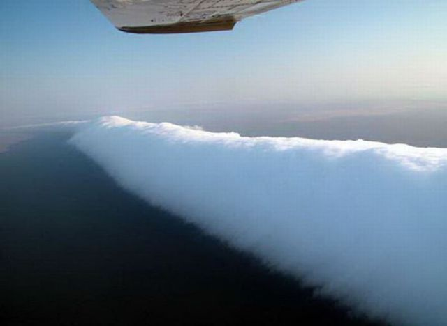 The Morning Glory Cloud Must Be the Most Beautiful Cloud (11 pics)