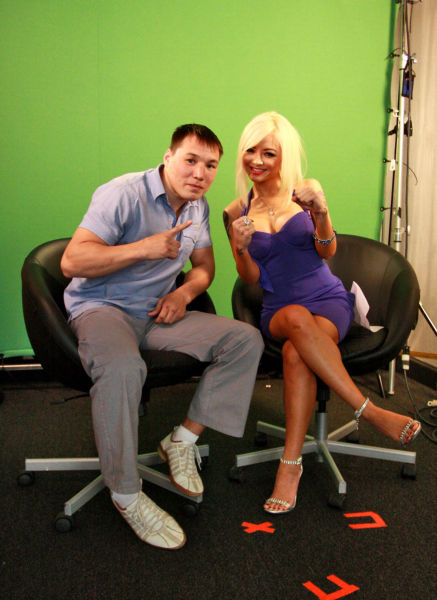 Tila Tequila Is Looking for Attention as Always Using Some Half Naked Dude (9 pics)