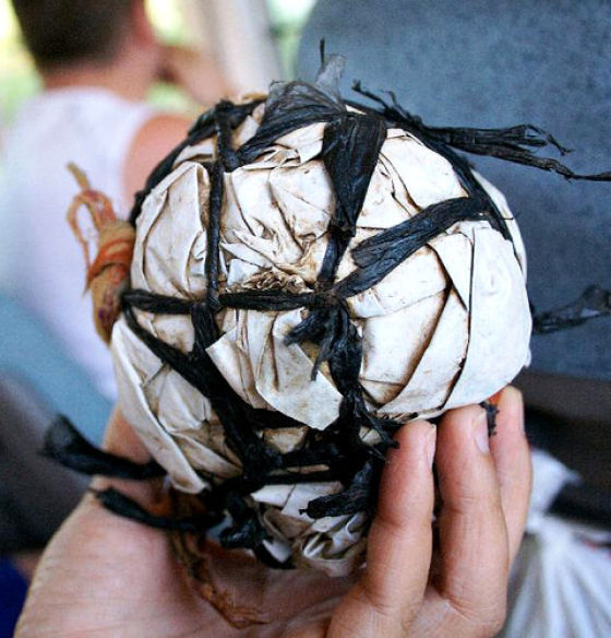 Soccer in the Poor Countries (21 pics)
