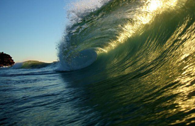 Inside a Wave (30 pics)