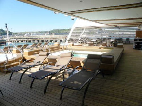 Seabourn Sojourn – One of the Most Luxurious Cruising Vessels of the World (64 pics)