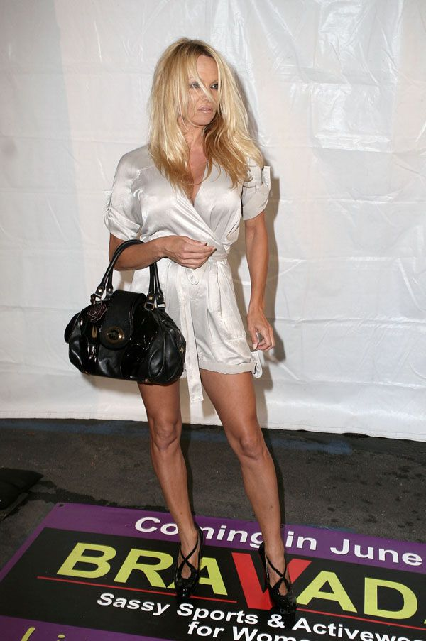 Pamela Anderson Needs a Good Rest (10 pics)