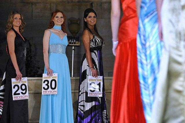 Miss World Cup Beauty Pageant 2010 (12 pics)