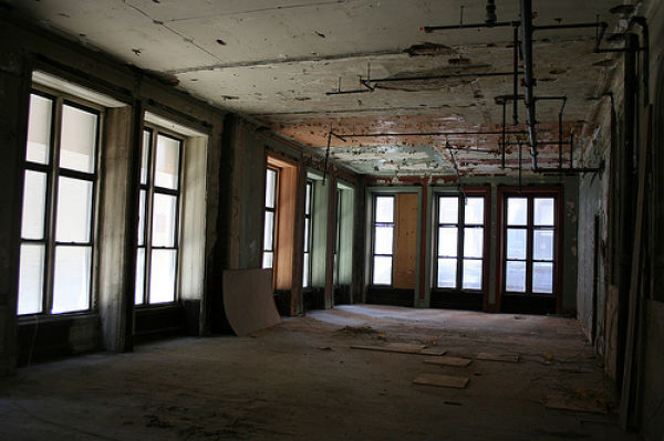 Goodbye to Old Buildings (52 pics)