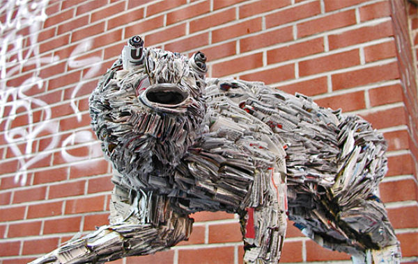 Interesting and Amazing Sculptures from Newpapers (29 pics)
