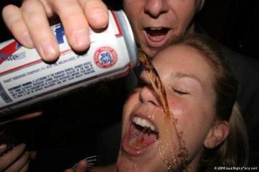 Funny Beer Moments (35 pics)