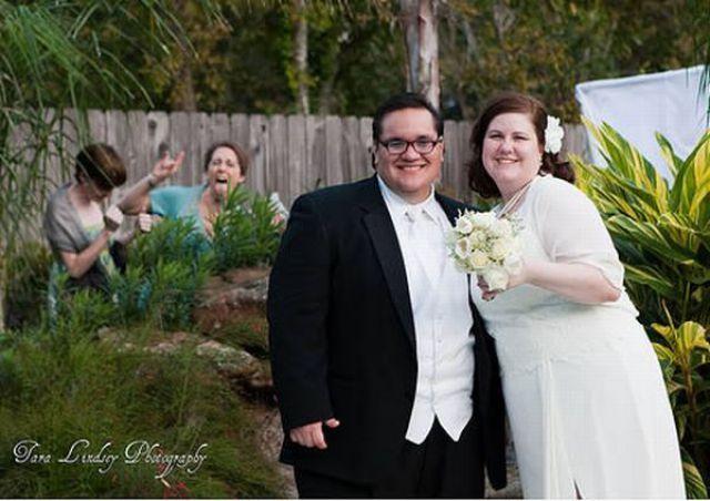 Wedding Photos Gone Wrong 31 Pics