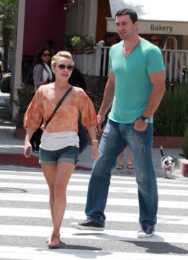 Hayden Panettiere and Her Giant Boxer on a Walk (9 pics)