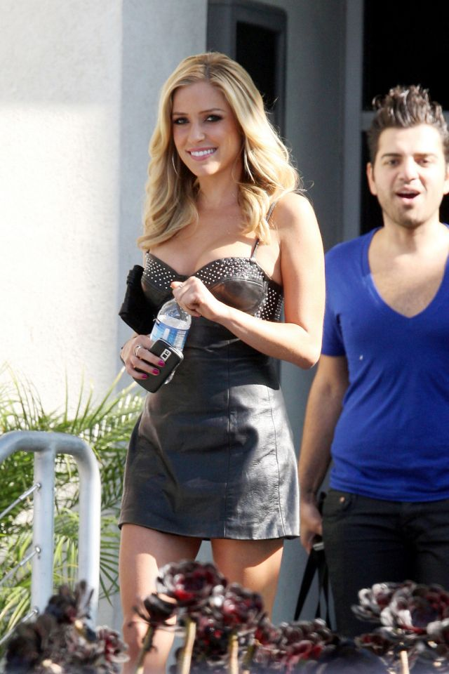 Hot Kristin Cavallari in a Leather Dress (7 pics)