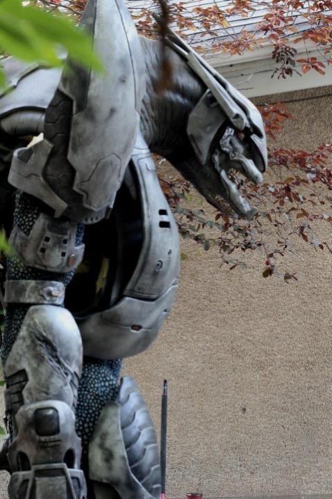 Realistic Animatronic Elite Suit (31 pics)