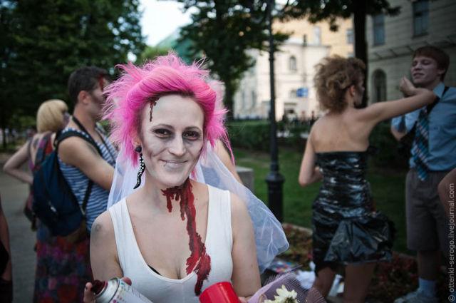 Zombie Wedding (44 pics)