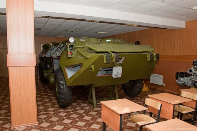 Russian Famous Armored Troop Carriers (76 pics)