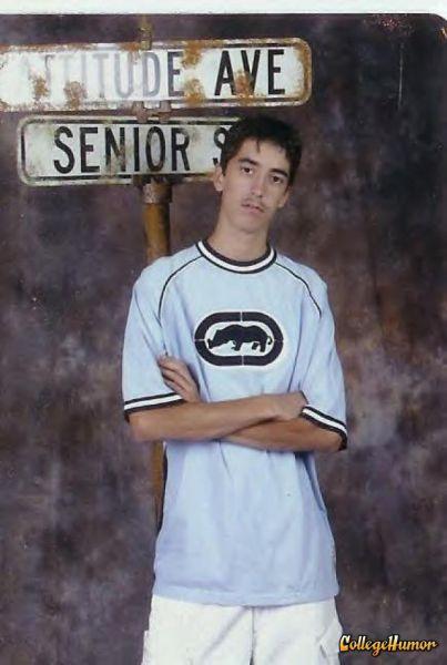Bizarre Senior Pictures (39 pics)