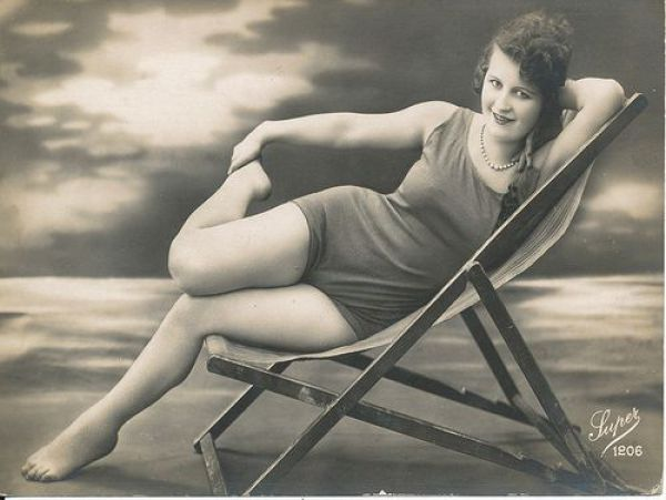 History of Swimwear (73 pics)
