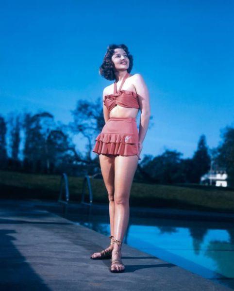 History of Swimwear (73 pics)