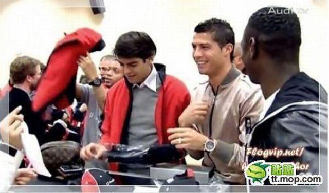 Kaka + Ronaldo = ? (29 pics)