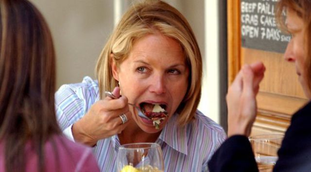 Famous People Eat Funny (49 pics)