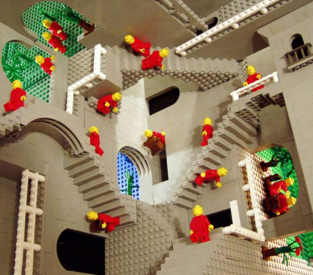 Impossible Constructions Become Possible (10 pics)