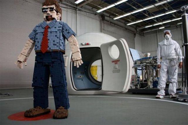 "Unusual ""8-Bit Gary"" Costume (11 pics)"