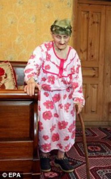 The Oldest Woman in the World (16 pics)