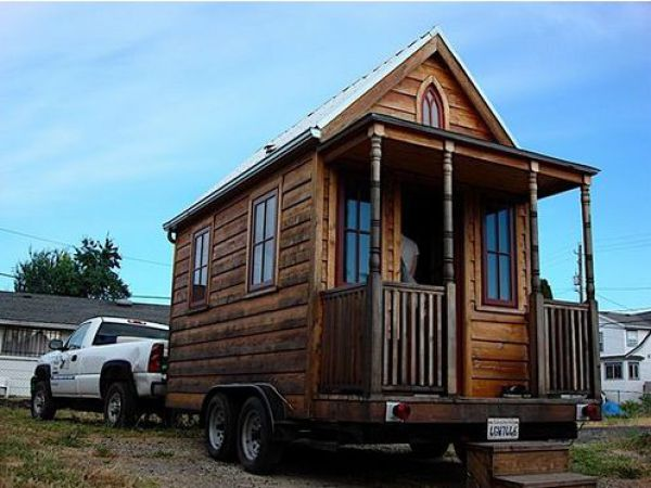 Some of the Smallest Houses in the World (45 pics)