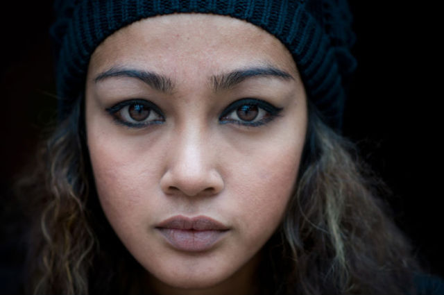 Street Portraits of Beautiful Strangers (23 pics)