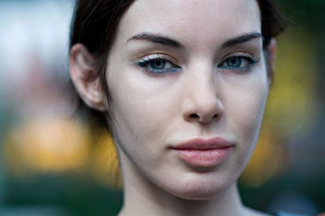 Street Portraits of Beautiful Strangers (23 pics)