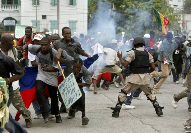 Haiti After the Earthquake (43 pics)