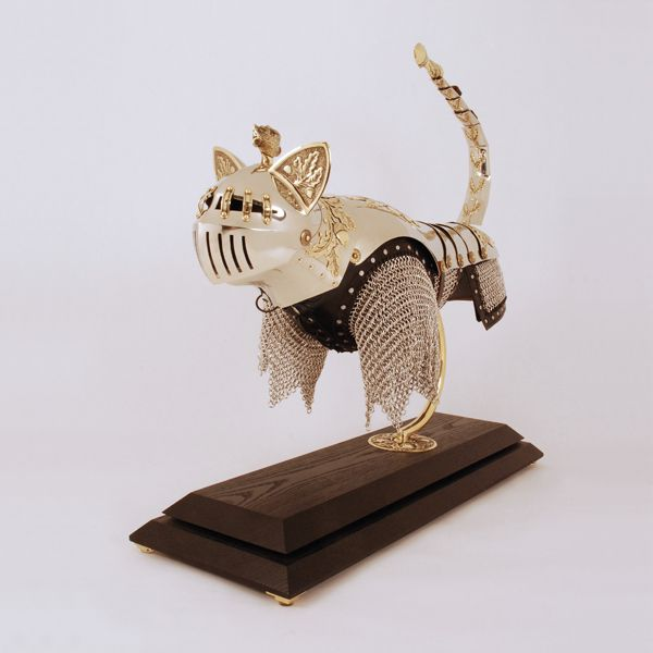Armor for Cats and Mice (16 pics)