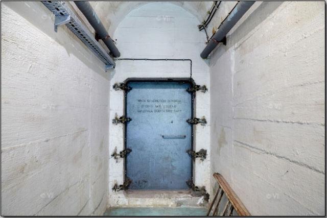Visiting a Secret Nuclear Bunker in Yugoslavia (48 pics)