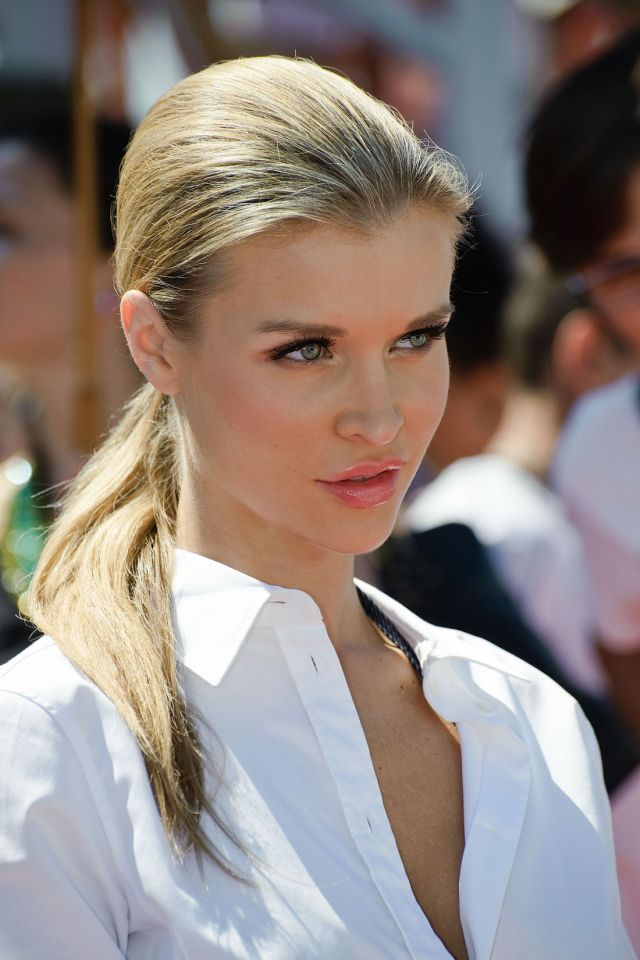 Joanna Krupa: Sexy, Beautiful and Elegant (13 pics)