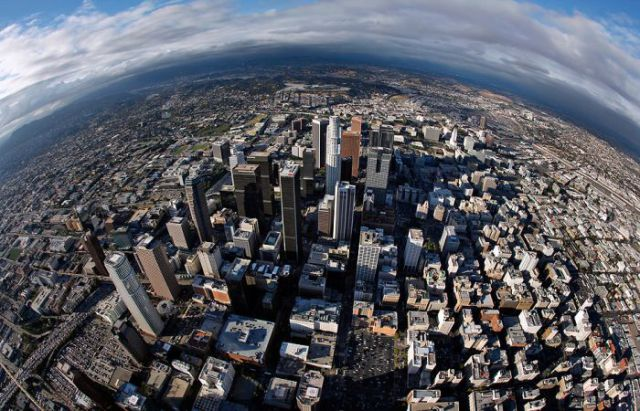 LA Downtown Seen from Above (16 pics)