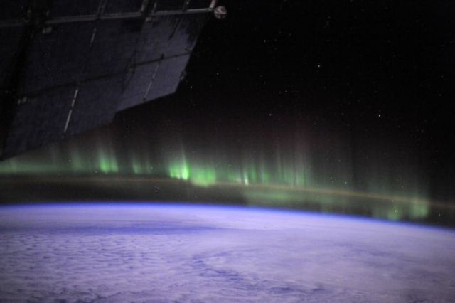 Photos Taken at the International Space Station (159 pics)