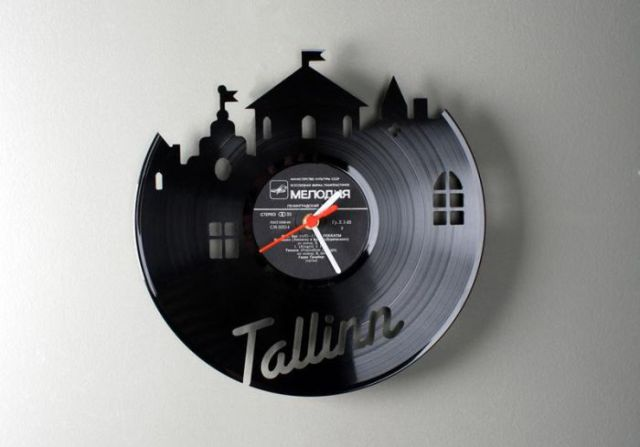 Vinyl Disc Clocks (17 pics)