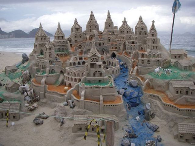 Unbelievable Sand Sculptures (92 pics)