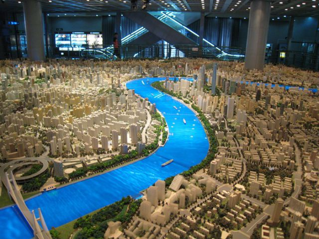 Gigantic Scale Model of Shanghai (5 pics)