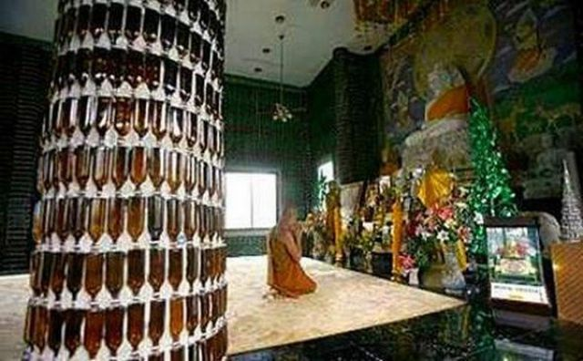 Beer Bottle Temple (21 pics)