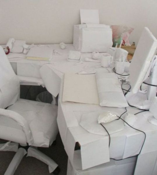 Hilarious Office Pranks (21 pics)