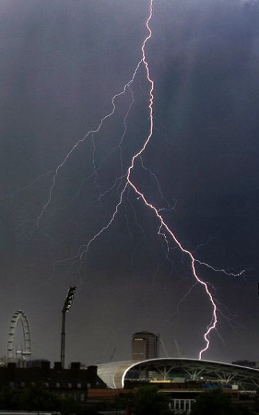 Magnificent Pictures of Thunderstorms (40 pics)