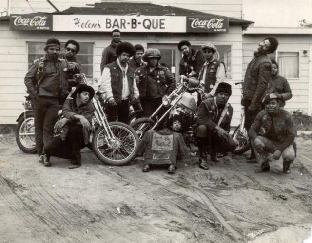 African American Bikers (18 pics)
