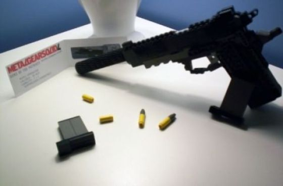Awesome and Dangerous Lego Weapons (17 pics + 2 videos)