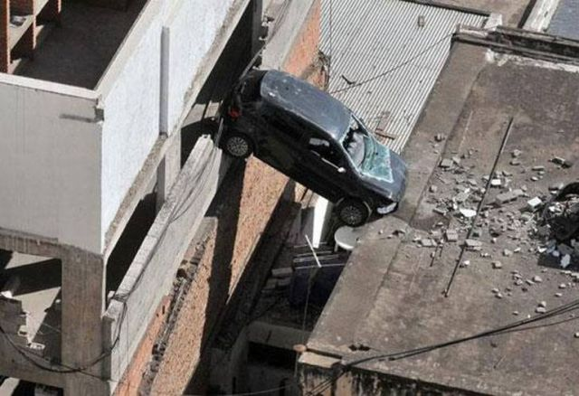 Master of Car Parking (6 pics)