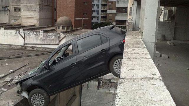 Master of Car Parking (6 pics)